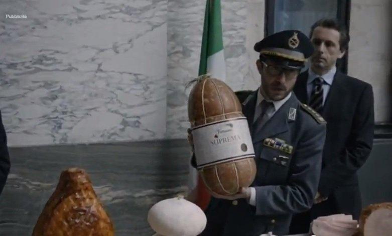 """Potere e Salumi: il primo """"mockumentary"""" sulla corruzione italiana [INTERVISTA]"""
