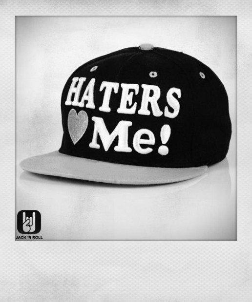 Fenomenologia degli Hater, gli anti-fan che alimentano l'industria discografica