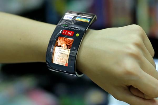 Emopulse Smile Smartwatch: la tecnologia a portata di polso