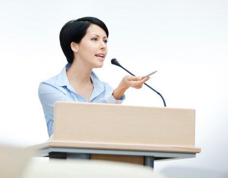 Parlare in pubblico, 10 strategie per gli introversi