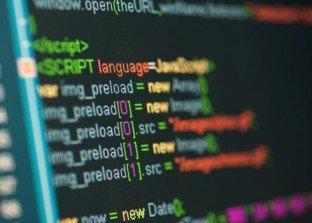 Codecademy: imparare a programmare nell'era dei social media