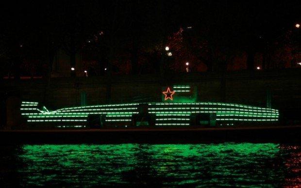 Heineken Next Gallery, il sottomarino sulla Senna diventa una mostra