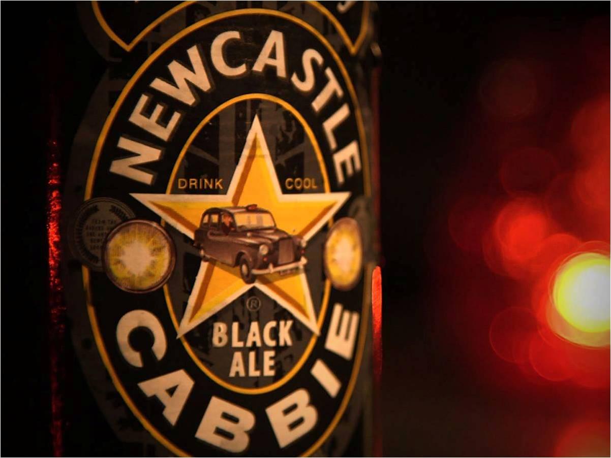 """Newcastle lancia la nuova birra Cabbie con un evento """"cabvertising"""""""