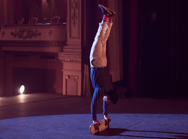 Kilian Martin e Ballantine's portano lo skate all'Opera [VIDEO]