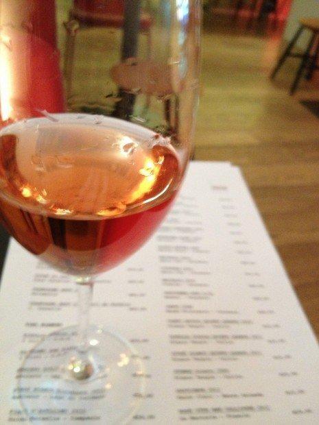 Netnografia del vino, l'enologia spopola anche online