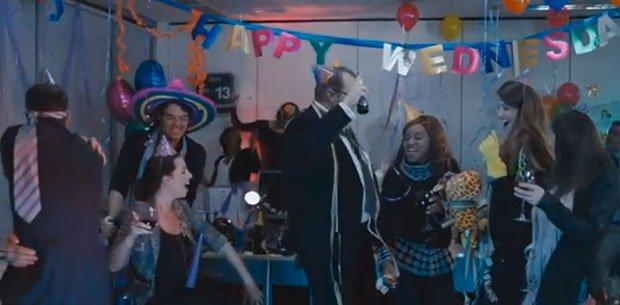 Alcool, energia e Rocky Balboa: i migliori video della settimana