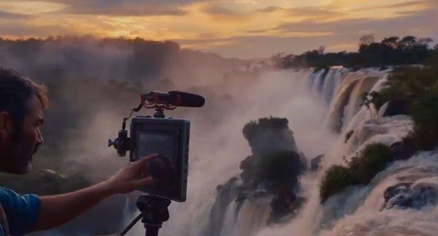 """Apple: l'ultimo spot si ispira a """"L'attimo Fuggente"""" [VIDEO]"""