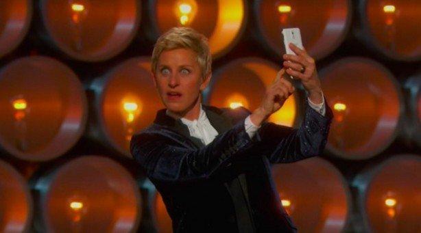 francesco_piccolo_Selfie_e_Nomination_il_colpo_grosso_di_Samsung_agli_Oscar_Awards