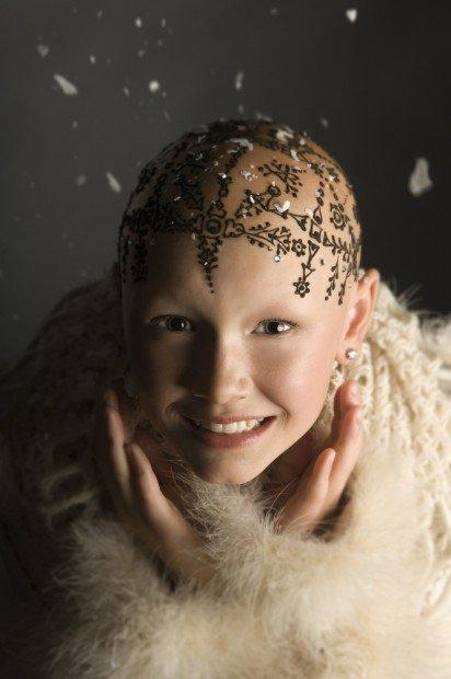 Henna Heals: un tatuaggio all'henné per far sentire più belle le donne con il cancro [INTERVISTA]