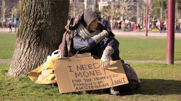 I manichini diventano senzatetto con JWT Amsterdam