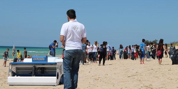 Solarino, al mare col robot ad energia solare