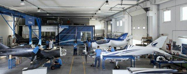 Blackshape, la Ferrari dell'aria made in Puglia