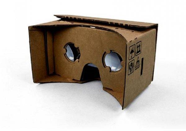 I Google Cardboard sono forse il progetto più folkloristico.
