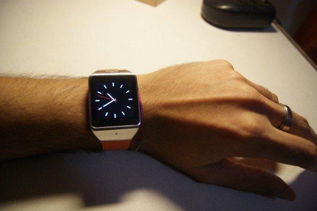 Atongm W007: lo smartwatch a portata di tutti [RECENSIONE]