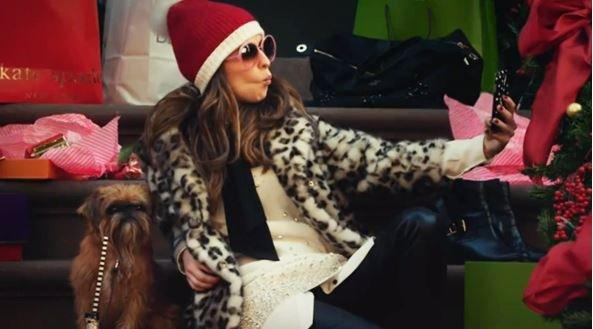 The Waiting Game: fai shopping dentro al video di Kate Spade