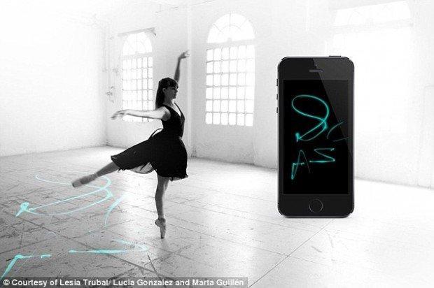 E-traces, la wearable technology che trasforma i passi di danza in tracce digitali