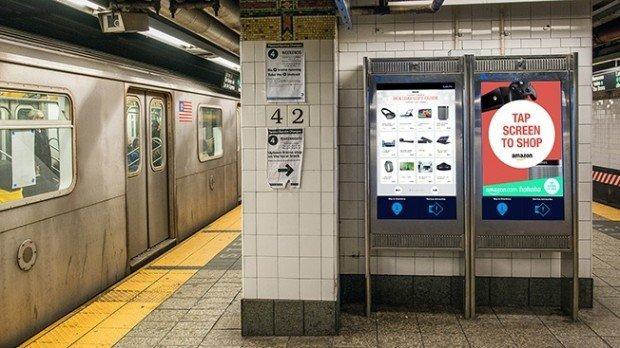 digital_signage_amazon_1