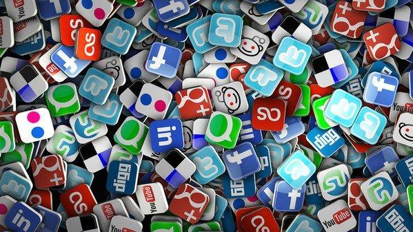 Social media e target infografica