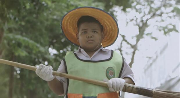 """Thai Life Insurance è tornata: da """"Unsung Hero"""" a """"Garbage Man"""" [VIDEO]"""