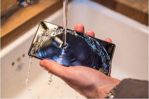 5-smartphone_Sony Xperia M4 Aqua