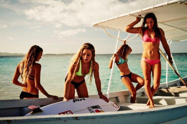 Le 10 surfiste più belle da seguire su Instagram