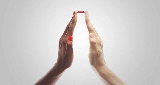 Smartwatch, etichette e Coca-cola: i migliori annunci stampa della settimana