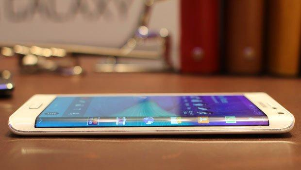 5 smartphone che vi sorprenderanno nel 2015