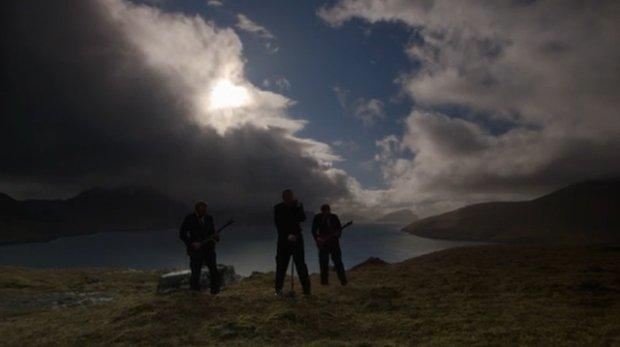 Il video musicale girato durante l'eclissi solare [VIDEO]