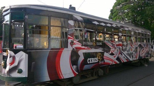 Attàccati al tram, con Ceres in strada C'è colore!
