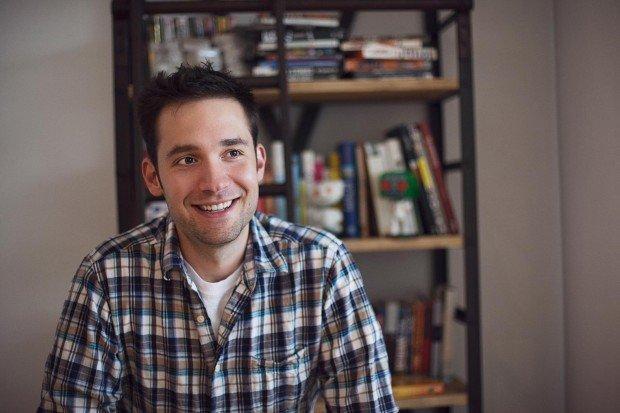 Il co-founder di Reddit si racconta ai Ninja tra startup ed editoria [INTERVISTA]