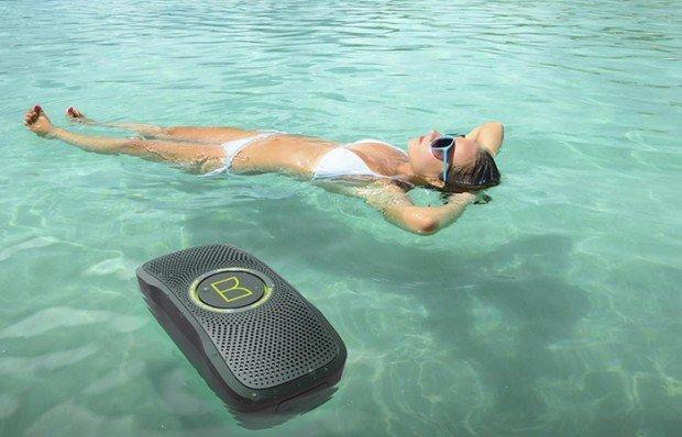 Pronti per un'estate high tech? I 6 gadget più cool per le vostre vacanze
