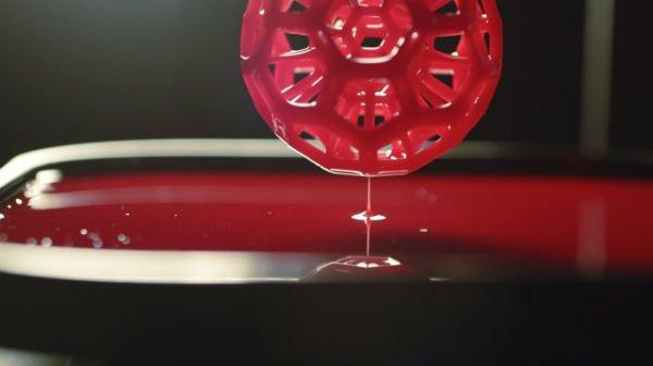 Continuous Liquid Interface Production, la tecnologia che rivoluziona la stampa 3D