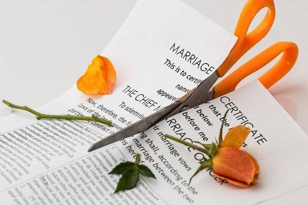 #divorceselfie