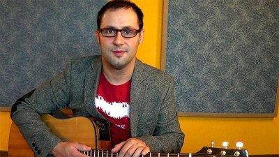 a_lezione_di_chitarra_e_digital_marketing_con_claudio_cicolin1