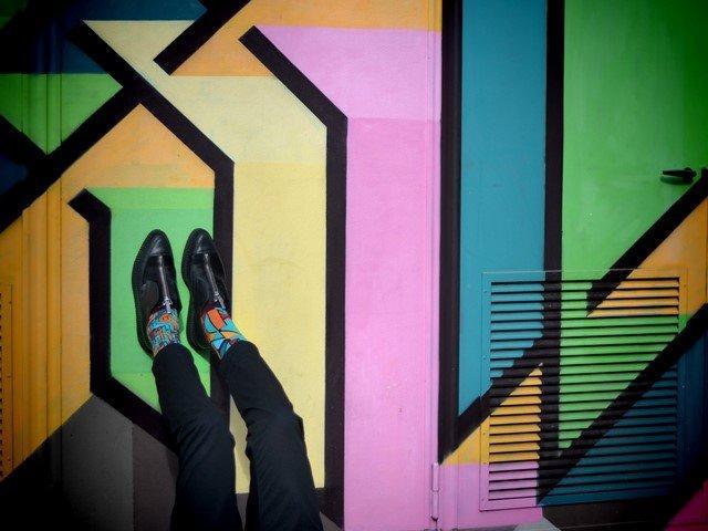 La_street_art calza_a_pennello_con_Oybō