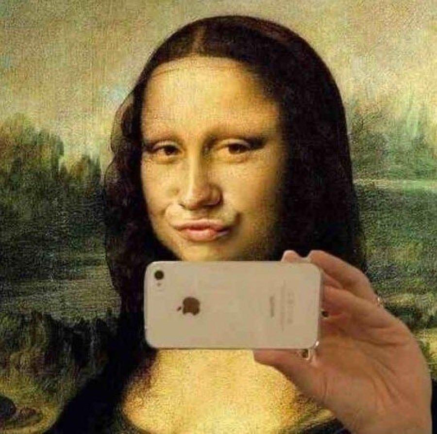 Storia del selfie: dal significato sociologico al suo impatto sul marketing