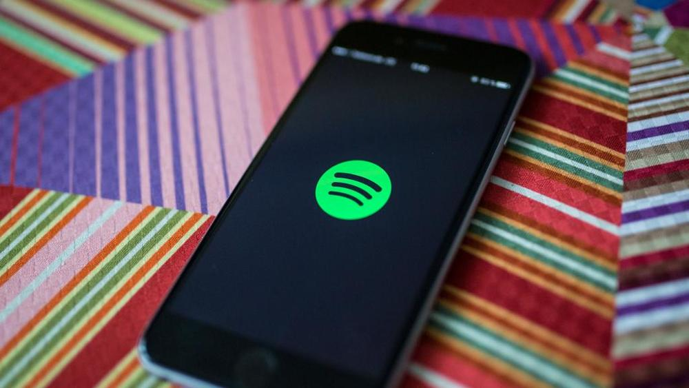 Spotify acquista CrowdAlbum, foto e video dei concerti in un click