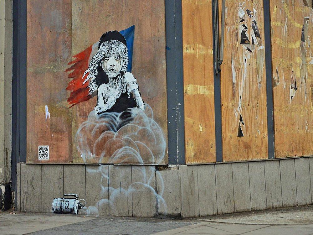 Banksy_Calais-qrcode