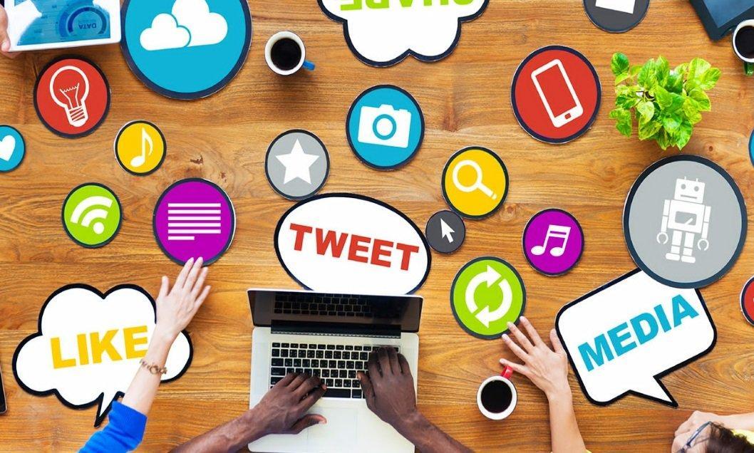 social_media_LIKE