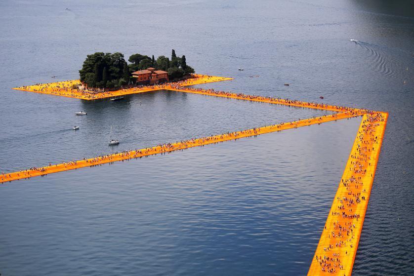 The Floating Piers: i numeri sui social confermano il successo dell'opera