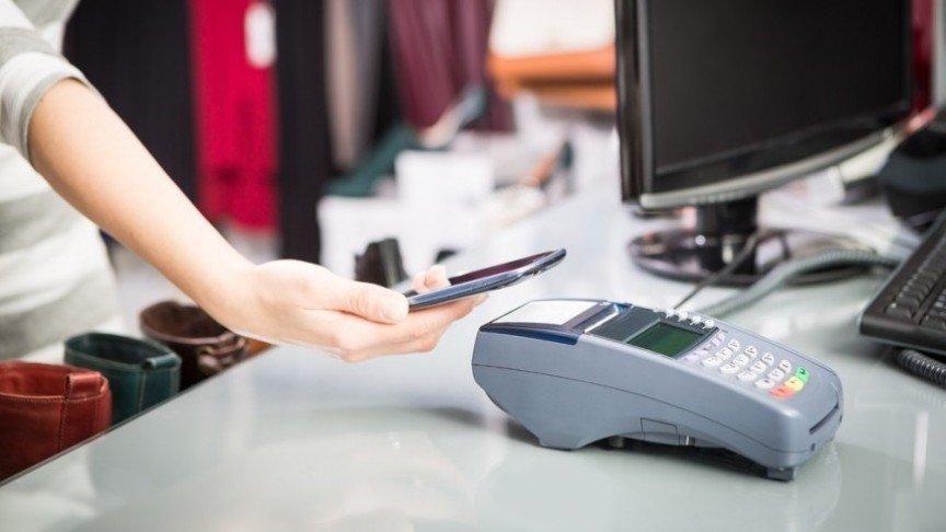 pagamenti-contactless-smartphone-ovs5