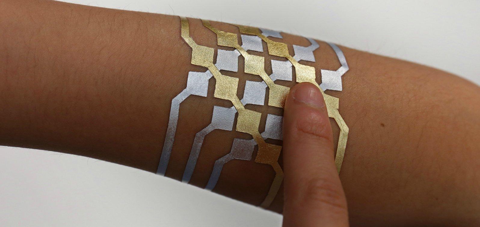 DuoSkin, i tatuaggi intelligenti simili a gioielli
