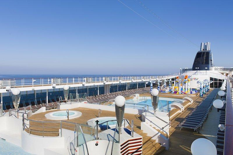 MSC Opera, Le Piscine and Doremi Spray Park