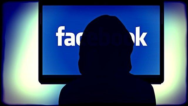 facebook bullismo