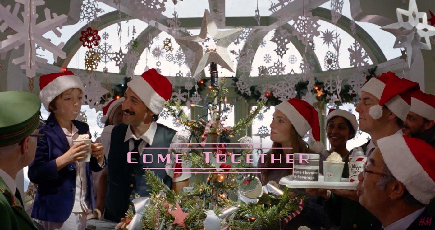 H&M festeggia il Natale con lo spot diretto da Wes Anderson