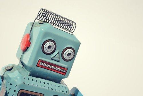 robot-shutterstock_176194913