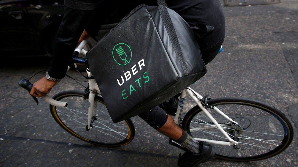 ubereats-food-delivery-travolge-sharing-economy-2