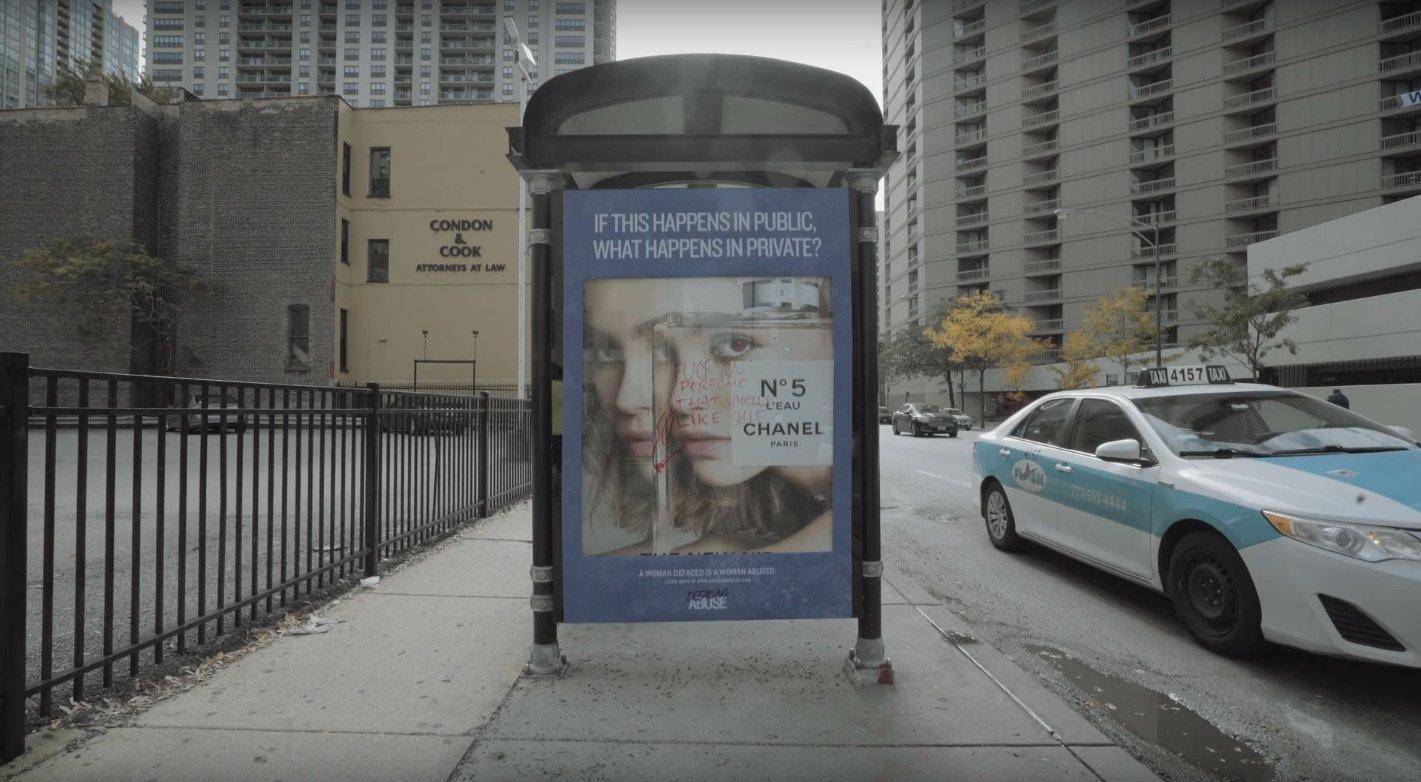 Una geniale campagna di Guerrilla Marketing contro la violenza sulle donne