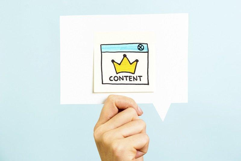Content is the king message on blue background