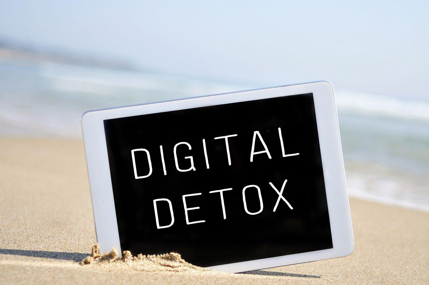 Perché dovresti iniziare il tuo 2017 con un Digital Detox